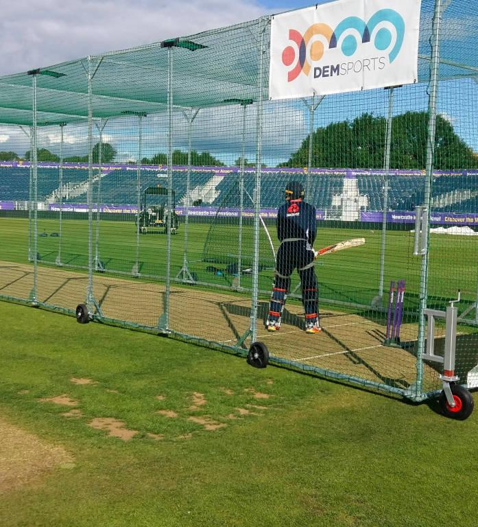 DEM Sports Foldaway Practice Cage